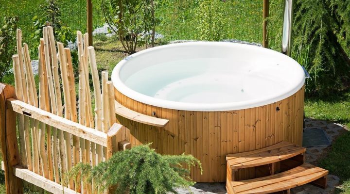 Top 3 Things to Consider When Choosing a New Hot Tub